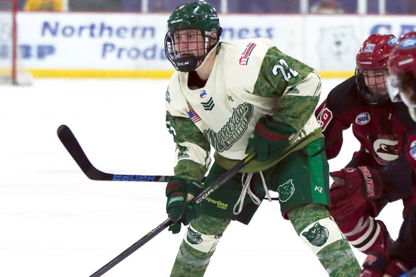 Wilderness forward Worth makes NCAA DI commitment