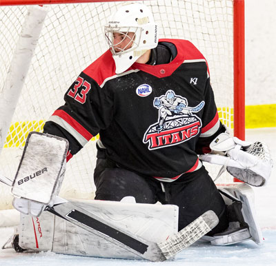 New Jersey Goalie Ladd Makes Ncaa Di Commitment North American
